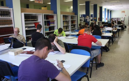 Biblioteca-Adultos Burjassot